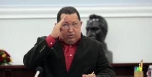 """""""Vayan metro a metro, palmo a palmo, casa por casa, convenciendo a todos, incorporando a todas! Que nadie se quede por fuera de esta Batalla!"""", escribió este sábado, a través de su cuenta en Twitter @chavezcandanga, el presidente de la República, Hugo Chávez Frías, al saludar a quienes participaron en la concentración que la juventud del Partido Socialista Unido de Venezuela (Psuv) realizó en Petare, estado Miranda, en su apoyo."""