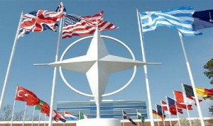 Global de diseño militar del Pentágono es uno de conquistar el mundo. El despliegue militar de Estados Unidos y fuerzas de la OTAN se está produciendo en varias regiones del mundo simultáneamente.