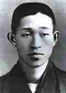 Konosuke Matsushita: Fue exactamente en 1918 cuando Konosuke Matsushita fundó la Matsushita Electrica Industrial Co. Ltd, cuna entonces incipiente de lo que años más tarde iba a ser conocido en todo el mundo como un emporio de la industria electrónica: la Panasonic.