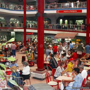 El centro comercial de Carlos III en La Habana era el eje de una trama de corrupción gigantesca.