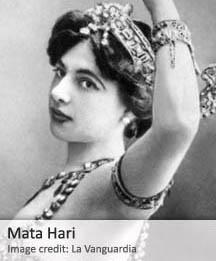 """QPM.ORG: Según el Julie Wheelwright , profesor de la Universidad de la Ciudad de Londres y autor de """"El amante fatal: Mata Hari y el mito de la mujer en el espionaje. """" ella realmente no pasó en cualquier caso información que no se pudiera encontrar en los periódicos locales en España"""", describiéndola como """"una mujer independiente, una divorciada, una ciudadana  de un país neutral, una cortesana y una bailarina, a la que la convirtieron en un chivo expiatorio perfecto para los franceses, los que luego fueron perdiendo la guerra."""""""