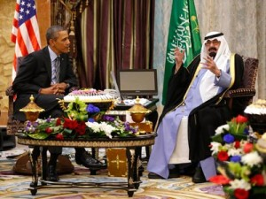 Por su parte, la prensa siria ha acusado también a Arabia Saudí y Qatar de apoyar al grupo terrorista y a las potencias occidentales de conocer este hecho y hacer la vista gorda sobre él. Foto: Barack Obama y el rey Abdallah de Arabia Saudí. Cortesía de REUTERS