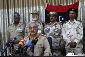Uno de los grupos clave de inteligencia aliada con EE.UU. es Libyan Nacional del Ejército Hifter. La organización fue fundada por Hifter después de su deserción (o expulsión) de Libia a principios de 1980. A partir de ahí, Hifter se convirtió en un activo importante para la CIA en su intento de derrocar a Gaddafi.