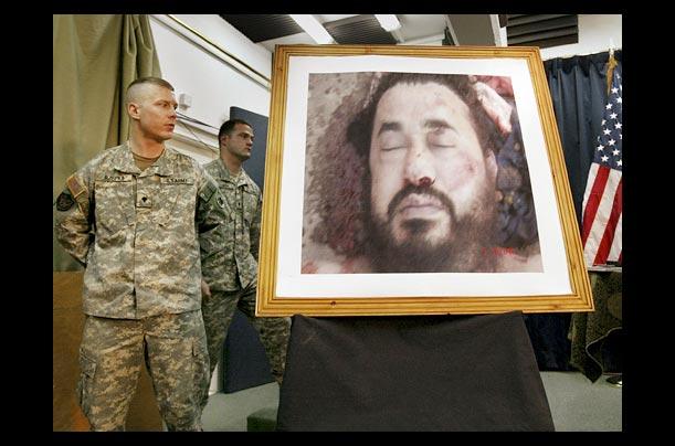 el ataque aéreo 06/2006 EE.UU. que mató a Abu Musab al-Zarqawi, el fundador de su organización matriz,