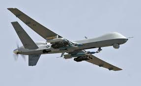 Cuando Barack Obama afirma que sólo utilizará drones y limitará el uso de ejércitos de tierra, no parece estar hablándoles a los yihadistas para disuadirlos de sus actividades terroristas, sino a los ciudadanos estadounidenses para tranquilizarlos.