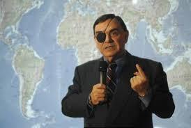 """El periodista y corresponsal de guerra, Walter Martínez analiza y frece sucesos internacionales y noticias de resonancia mundial desde el punto de vista geopolítico y geoestratégico, gracias al cual es posible apreciarlos en """"pleno desarrollo"""""""