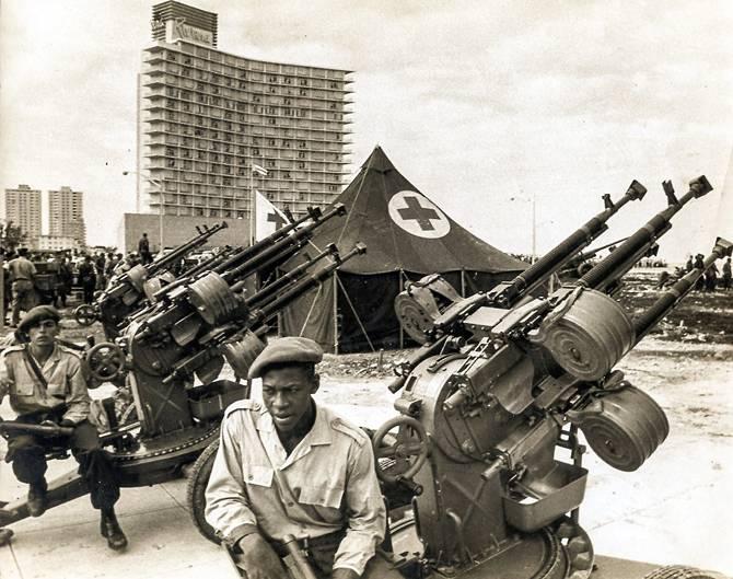 Los milicianos en pie de guerra en la Habana.