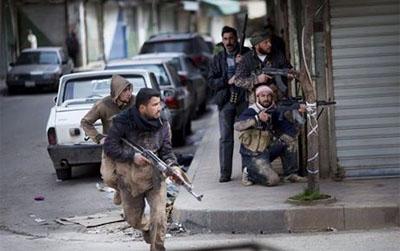 El ataque fue repelido por milicias civiles y combatientes de Hezbolá, con más de 70 militantes eliminados por estos últimos durante los tiroteos en los últimos dos días.