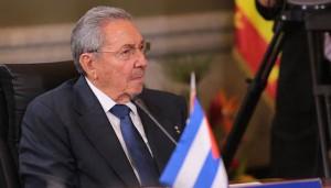 """Discurso pronunciado por el General de Ejército Raúl Castro en la III Cumbre de la Celac El presidente de los Consejos de Estado y de Ministros, General de Ejército Raúl Castro Ruz, aseguró hoy que el proceso iniciado entre Cuba y Estados Unidos para restablecer relaciones diplomáticas fue posible gracias a la nueva época que vive nuestra región. """"Ya era hora de que yo hablara aquí a nombre de Cuba"""", dijo Raúl Castro en Panamá."""