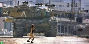 """""""La tolerancia hacia los terroristas termina hoy.Una piedra lanzada es un acto terrorista y sólo un castigo apropiado puede servir como elemento de disuasión y castigo justo """", dijo el arquitecto de la nueva legislación, la ministro de Justicia Ayelet Shaked de Israel, que es un miembro del partido Inicio judío, de ultra-sionista y religiosa ."""