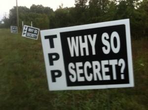 Como he escrito en artículos anteriores, los detalles de las negociaciones del TPP y el texto del TPP son secretos, así como sucede con el TTIP. A los funcionarios gubernamentales de los países miembros no se les permite conocer todos los detalles del tratado, ni están autorizados a revelar lo que saben al público. Se trata de una dictadura oligárquica de las empresas a escala global.