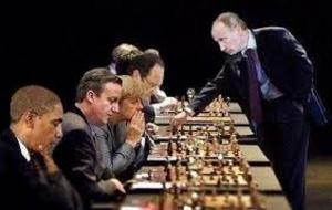 Putin un Gran Maestro del Ajedrez geopolítico y geoestratégico mundial pone en Jaque Mate  a EE.UU. e Israel en el Medio Oriente al aumentar al hacer avances territoriales en el Golán y en la frontera entre Israel y el Líbano con el apoyo de una coalición de tropas de combate especializadas provenientes de países en favor de la Republica Árabe de Siria en su lucha contra el terrorismo precisamente en momentos en que Israel ha desplazado parte de sus tropas situadas en el norte a los frentes internos para sofocar a los palestinos