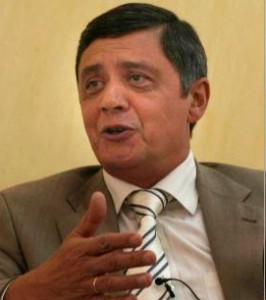 """Kabulov, que nació en Uzbekistán Soviética, es sin duda el diplomático ruso que más sabe sobre cuestiones relacionadas con Afganistán. Hasta el año 2009, se desempeñó como embajador de Rusia en Afganistán, habiendo servido también en Irán y Pakistán. Los observadores occidentales creen que Kabulov no es simplemente un """"diplomático de carrera"""", como él se presenta a sí mismo, sino un ex oficial de la KGB, la agencia de inteligencia más importante de la URSS.También se cree que ha servido como jefe de estación en Kabul de la KGB durante la ocupación soviética de la década de 1980, y de haber trabajado estrechamente con Khad, la agencia de inteligencia iraquí dominada por los soviéticos en Afganistán."""