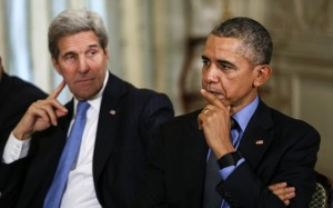 Obama y la secretaria de Estado estadounidense, John Kerry bloquear durante una reunión con el presidente turco, Recep Tayyip Erdogan, en la Conferencia de Cambio Climático Mundial 2015, en París, en diciembre. (Kevin Lamarque / Reuters)Kerry (L) look on during a meeting with turkish President Recep Tayyip Erdogan at the World Climate Change Conference 2015 (COP21) in Paris, France December 1, 2015. REUTERS/Kevin Lamarque - RTX1WMS5
