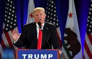 El candidato presidencial republicano Donald Trump habla durante un acto en el Centro de Convenciones de San José, en San José, California, el 2 de junio de 2016. (Josh Edelson / AFP / Getty Images)