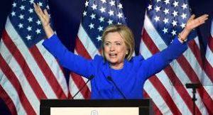 Hillary Clinton representaba - guerra y confrontación contra Rusia, contra China, con las desestabilizaciones de la Revolución de Colores de todos y cada uno de los líderes políticos que se opusieron a ellos, sean Gadafi o Mubarak o incluso Putin- perdían poder sobre partes enormes del mundo, poder geopolítico esencial.