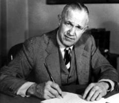 """Los Análisis de Campo de Inteligencia Mediática (ACIM  están fundamentados en la metodología, principalmente basados en la formulación analítica del Análisis de Contenido, de Sherman Kent (6 de diciembre 1903-11 marzo 1986) """"el padre del análisis de inteligencia"""", uno de los arquitectos de la comunidad de inteligencia de los Estados Unidos de Norteamérica y fundador de la Agencia Central de Inteligencia de los Estados Unidos (CIA)"""