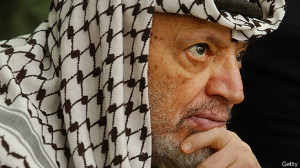 Arafat cayó gravemente enfermó en 2004.