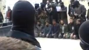 En Siria militantes vinculados a Al Qaeda ejecutaron a varios miembros de una facción rebelde rival como parte de su campaña para relegar a otros grupos armados de la oposición siria.