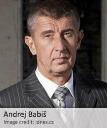 Acusaciones de que una figura política de alto nivel Checa era un informante del gobierno durante el período comunista del país pueden perturbar el surgimiento de una coalición nacional de gobierno.
