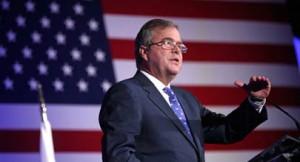 """QPM.ORG. Es incuestionable, para los Republicanos de la Florida que Jeb Bush es el candidato idóneo por el Partido Republicano para ser el candidato a la Presidencia de los EE.UU. para el 2016.  Criterio mantenido a pesar de la """"traición"""" del también aspirante a esa candidatura Marcos """"El Camaleón"""" Rubio, actual Senador Federal  por este Estado, a """"su padrino político"""" quien le condujo de la mano e impuso dentro del Partido Republicano Estatal hasta convertirlo en el speaker de la Cámara de Representante en Tallahassee, Fl."""