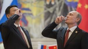 El histórico acuerdo gasístico entre Moscú y Pekín abre nuevas oportunidades económicas para Rusia y muestra errores de cálculo político de la Casa Blanca, opina el analista político estadounidense Dimitri Simes.