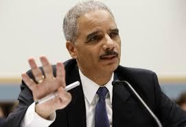 """Eric Holder, comentó que """"mientras que a mí como fiscal general, ningún periodista que este haciendo su trabajo va a ir a la cárcel"""""""