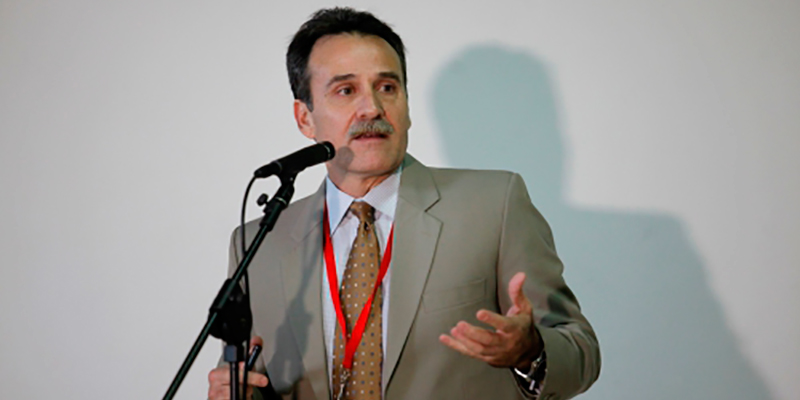 El vocero de la delegación cubana que negocia con los EEUU, Gustavo Machín, aseguró que el restablecimiento de relaciones diplomáticas entre los dos países resultaría difícil de lograr mientras Cuba siga en la lista estadounidense de países promotores del terrorismo.