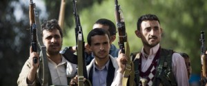 representantes iraníes desalentaron a los rebeldes Houthi de tomar la capital yemení de Saná el año pasado, de acuerdo con funcionarios estadounidenses familiarizados con inteligencia en torno a la toma de control insurgente.