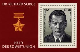 En 1961, el gobierno soviético le concedió póstumamente el título de Héroe de la Unión Soviética, la distinción más alta del país durante en la era comunista y su imagen aparcería en los sellos de la época.