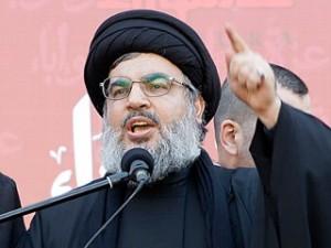 """Hassan Nasrallah llamó a su movimiento libanés Hezbollah chiíta a marchar a la bandera, ya que """"nos enfrentamos a una crisis existencial"""" por la creciente beligerancia del Estado islámico de Irak y el Levante."""