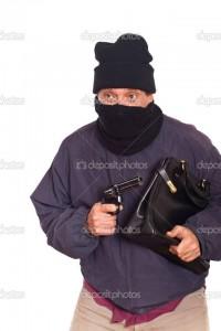 Los ladrones COMUNES te apuntan con un arma y dicen ARRIBA LAS MANOS. Los ladrones de MERCADO no te apuntan con un arma, te saludan y te dicen VENIMOS A INVERTIR EN EL PAÍS.
