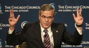 El ex gobernador de Florida, Jeb. Bush responde a preguntas después de hablar con el Chicago Council on Global Affairs, Miércoles, 18 de febrero 2015, en Chicago. | Foto AP