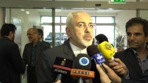 El canciller iraní, Mohamad Yavad Zarif, ha recalcado este jueves que sin la participación de Irán en los diálogos sobre Siria no puede resolverse la crisis corriente en este país árabe.