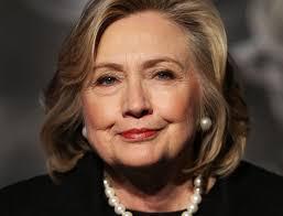 Hasta el 16 de octubre de 2015 ella había recaudado 97,87 millones de dólares provenientes de contribuciones personales y de las PAC. Con toda seguridad, también sabe cómo gastarlos. Cerca de la mitad de ese monto –49,8 millones, más del triple de lo gastado por cualquier otro candidato– ya ha sido destinada a los gastos de campaña.