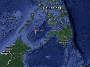 El segundo sector abarcaría las vías de acceso al Mar de China desde el Océano Pacífico, con los pasos obligados a través del Mar de Joló [también conocido como Mar de Sulú], del Mar de Celebelor [al sur del anterior] y el Canal Babuyan (entre el norte de Filipinas y Taiwán). La coordinación de las misiones estadounidenses de reconocimiento sobre las líneas de comunicación internas en el Mar de China Meridional puede hacerse desde la base estadounidense de Andersen o la base naval de la isla de Guam (Islas Marianas).