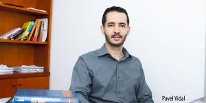 Nadie es profeta en su tierra El economista y profesor universitario Pável Vidal. Crédito: Universidad Javeriana de Cali