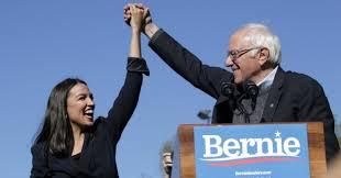 Resultado de imagen para Alexandria Ocasio-Cortez junto a Bernie Sanders, imagen