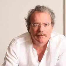El escritor Alberto Barrera Tyszka en NYU - ViceVersa Magazine